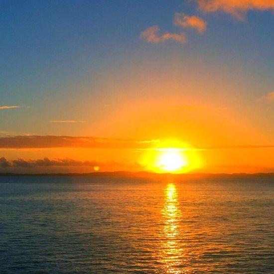 O mais belo por-do-sol! 🌅 BaiaDeTodosOsSantos Salvadormeuamor PorqueEuSoudaBahiaNego