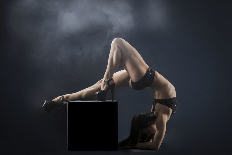 Women Photography Flexibility Women Portraits Sport Women Of EyeEm Body & Fitness Poledance Poleart Beauty Polesport Bodyshot Polefitness Power Body Curves  Dance Women Dancer Passion