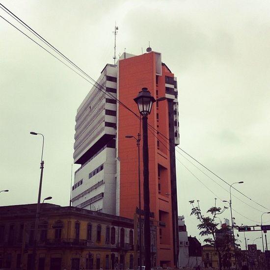 Terminando de votar junto a Dianix8800 ahora hacer el mercado para el almuerzo Igersperu Ig_peru_ Architecture lima sky city