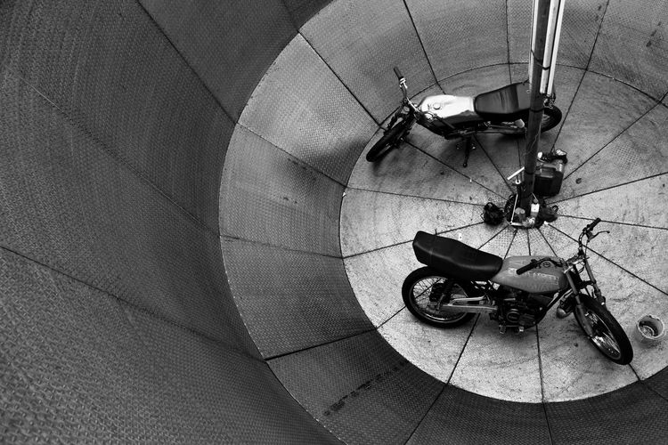 Motorcycles In Wall Of Death At Circus