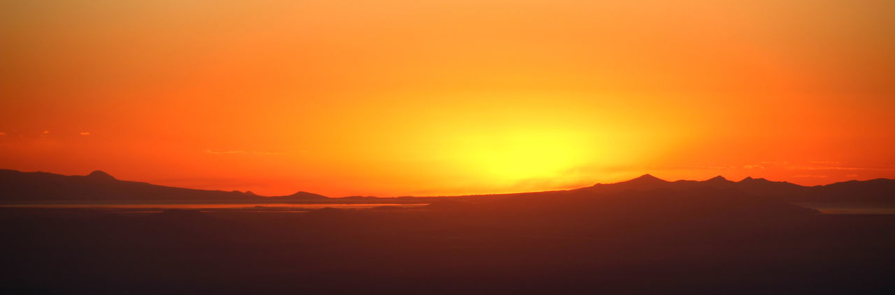 Sunset from Illimani High Camp, Bolivia Andes Atmosphere Bolivia Cordillera Real Dramatic Sky Dusk Glowing Illimani La Paz Lake Titicaca Landscape Light Majestic Mountains Outdoors Sky South America Sunset Tranquility Landscapes With WhiteWall