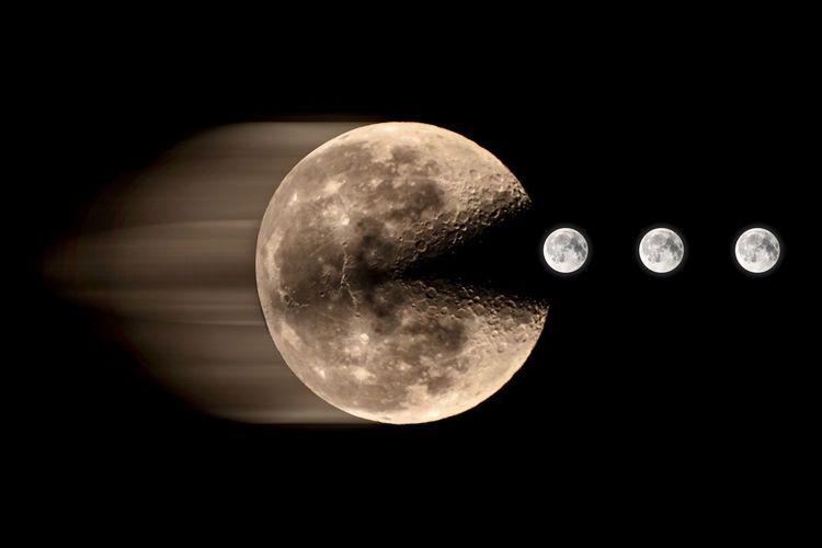 Close-up of moon against dark sky