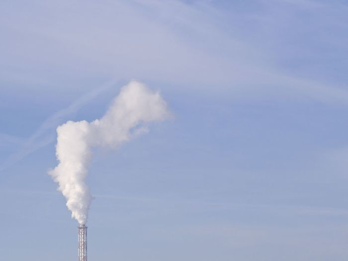 Air Pollution Environmental Issues Factory Fumes Industrial Photography Industry Minimal Minimalism Minimalist Architecture Minimalobsession No People Simplicity Sky Smoke - Physical Structure Smoke Stack