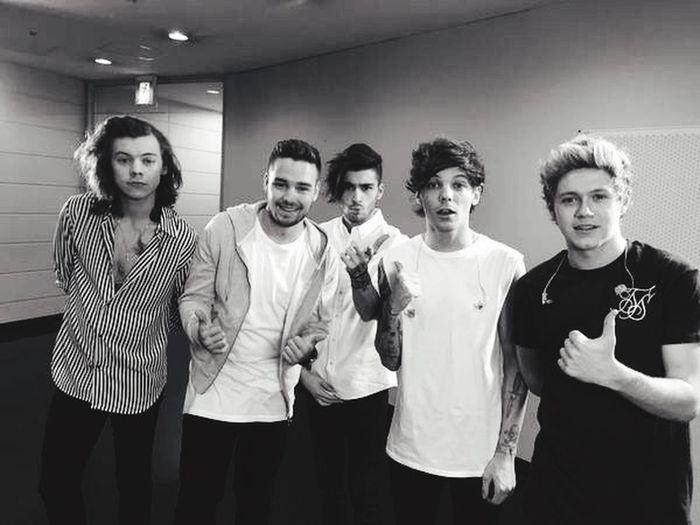 J'l'ai bouffe ! Harry Styles Niall Horan Zayn Malik Liam Payne Louis Tomlinson Directioner One Direction Forever I Like It Ma Vie Proud