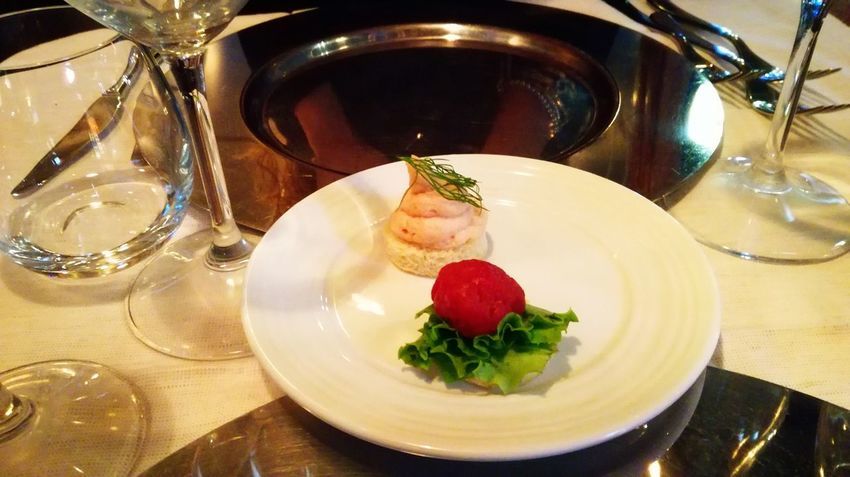 Dish Restaurants Ristoranti Ristorante Cena Cenando Italian Food Food And Drink Food Table Indoors  Freshness Strawberry Serving Size