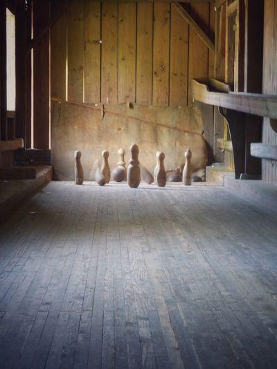 Indoors  No People Day Wood - Material Kegelbahn Kegeln Kegel