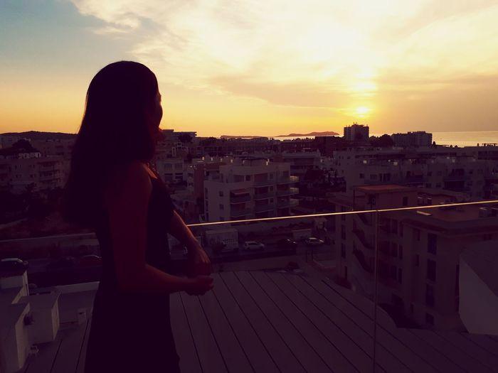 """Sun is shining, wheater is sweet, make you wanna move your dancing feet."" - Bob Marley Spain🇪🇸 Ibiza Sunset Cityscape Silhouette"