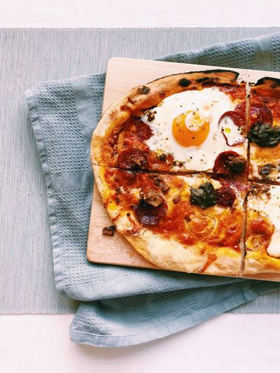 Pepperoni Stonebaked Pizza Pizza Egg Indoors  Breakfast Food And Drink Fried Egg No People Egg Yolk Food Freshness Sunny Side Up Ready-to-eat