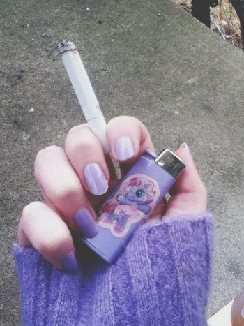 Unicorn Nails Sweater Cigarrete