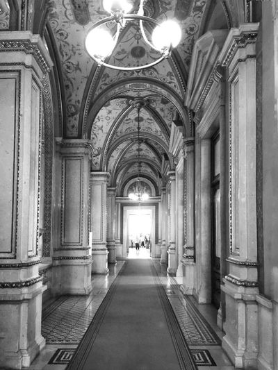 Vienna Bnw_life Bnw_captures Bnw_collection Bnw_corridor Bnw_friday_eyeemchallenge Opera House Architecture Built Structure Arch Building The Way Forward Architectural Column
