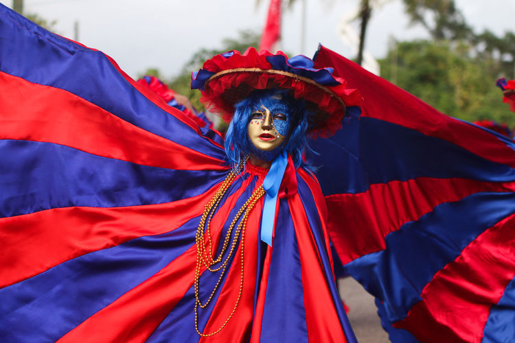 Carnival parade, in Kourou French Guyana.Carnival Carnival Mask Carnival Parade Carnival Time Colors Colors Of Carnival Colors Of Life France Grand Parade Guyane Francaise Kourou Mask Red Red And Blue Vibrant Color Welcomeweekly Blue Colorful French Guiana Pivotal Ideas Carnival Colors Uniqueness