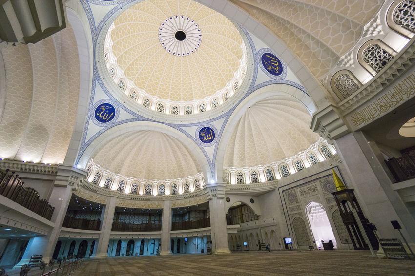 Interior of Federal mosque, Kuala Lumpur Architecture Culture Day Deeds Indoors  Interior Design Mecca Al-mukarramah Mosque Muslim Religious Architecture