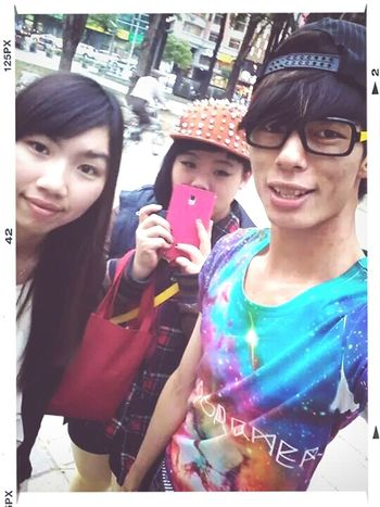 Friends Happyday Happy Time Happy People Face Glasses Glasses? Glasses :) Smile :) Smile ✌