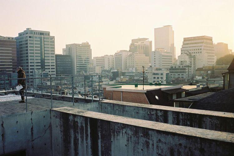 Film Photography 35mm Film Filmisnotdead Kodak Portra Film Contax T3 Urbanphotography Cityscapes Seoul