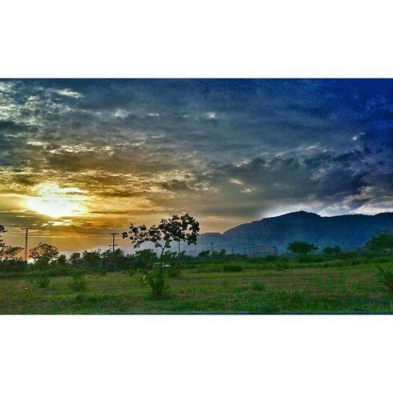Margalla road Islamabad Pakistan Aimanadeel Sky Worlderlust Tree Travelgram Travelling Sunset Mountains Hills Beautiful Dawndotcom Etribune Nature Mothernature Skylovers Rainyweather Magical Photographerslifestyle Photooftheday