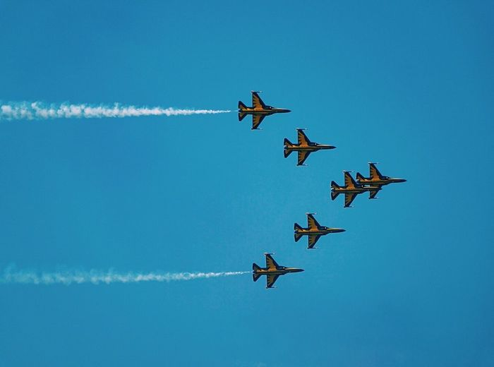 Flying Airshow