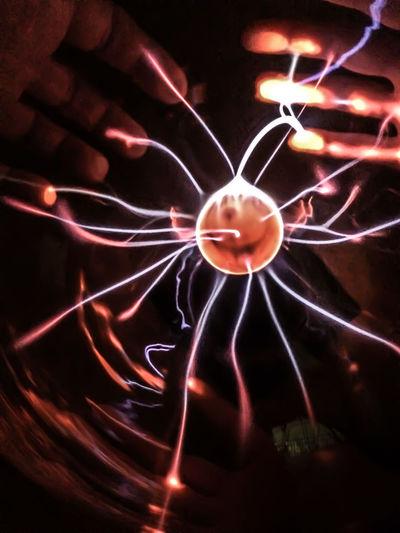 Abstract Black Background Carolinensiel Close-up Glowing Hands Heat - Temperature Illuminated Light Light Effect Lit Motion Multi Colored Phänomania Plasma Plasma Ball Sparks