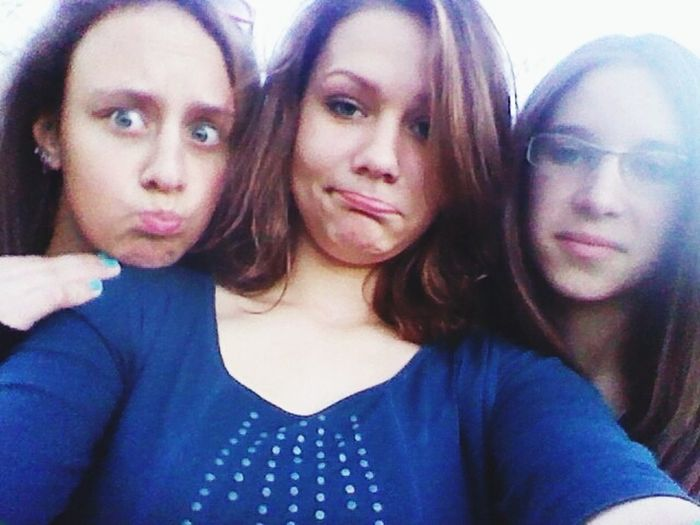 My Best Friends And I Crazy Faces :3