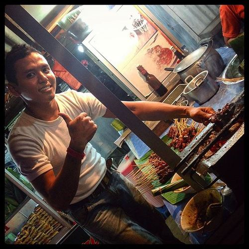 Satay!! Medan Sumatra  INDONESIA Indonesia_photography streetphotography street road roadtrip instalike instafollow instadaily instamood instagood instafood traveling foodpic food streetfood photooftheday photo culture portrait