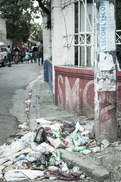 Garbage Haiti Haitian Haitian Beauty Haitians HaitiTourism Old Poor  Poorpeople Poverty Poverty But Happiness Poverty Lives. Povertychallenge Street Photography Streetart Streetphotography Trash