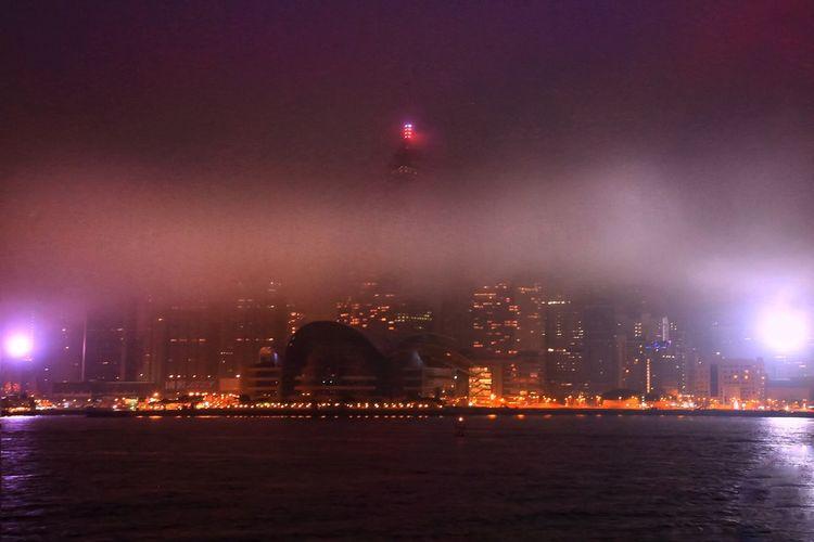 魂縈舊夢 Foggy Sea
