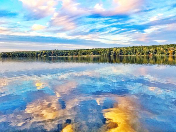 Sommergefühle Cloud - Sky Sky Water Reflection Lake Beauty In Nature Scenics Tranquility Nature Outdoors Potsdam Potsdam_city Brandenburg Neon Life