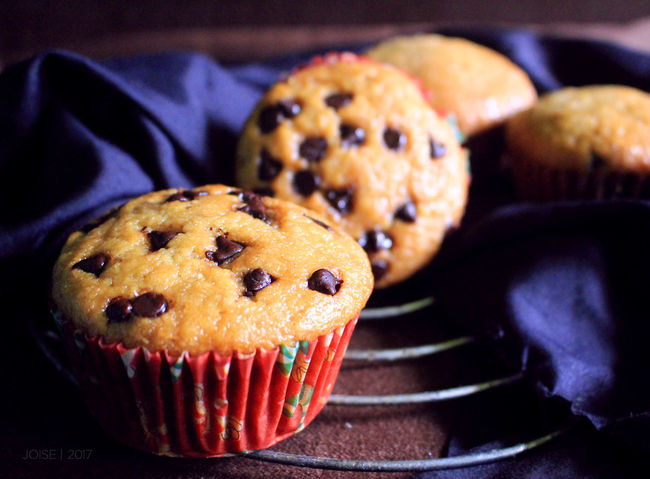 Sweets #food For The Soul #foodaddicts #foodphotography #muffins #sweets #dessert #pastry #love Blue Close-up Cupcake Day Dessert Food Food And Drink Freshness Indoors  Indulgence Muffin No People Ready-to-eat Sweet Food Temptation