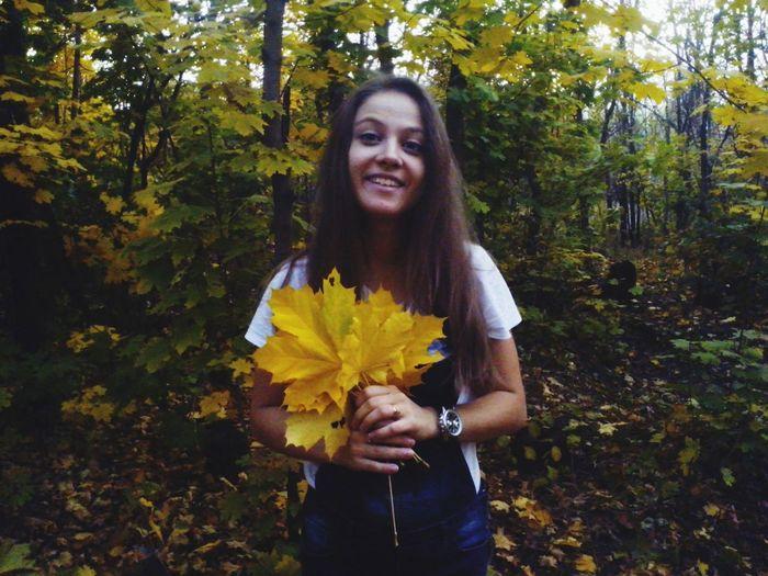 Красавица осень :) осень 🍁 Almaty2014 люблю #girl #beautiful #time #fun #nature #day #sunday #super