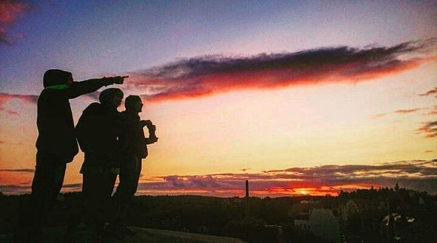 Sommerregen ~ Fanta 4 😏❤ @free_dom161 Guteswetter Guteaussicht Guteleute GuterAbend Bigcitylife ... Inscheißplauen Canon_photos Canon_official Instagood Diewocheaufinstagram Sky Sun Lastlight Rooftop Friends Sunset Sunset_hub Sunset_madness Sunsetlovers Instaamici Ig_supershots Ig_supervizor City Clouds Plauen youth grungephotography mehroderweniger