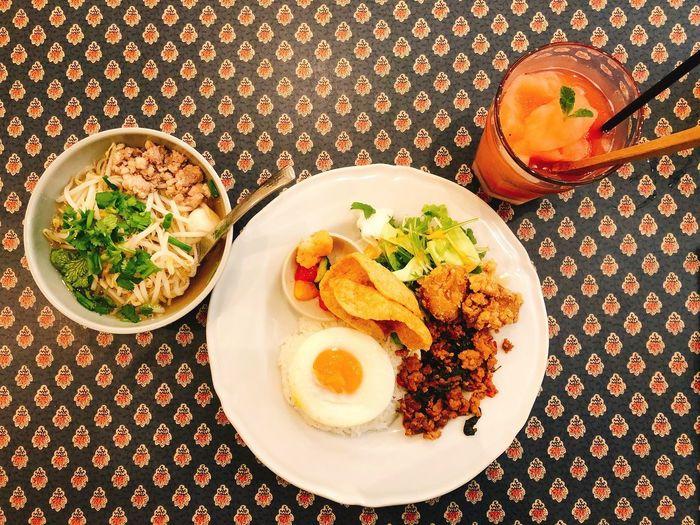 ガパオライス Mango Tree Cafe Plate Ready-to-eat Food And Drink Food Freshness Serving Size Still Life Meal Table Indoors  No People