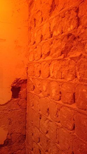Working Reconstruction Walls Grey Stone STAUB Bauen Renovieren Renovierung Stein Mauerwerk