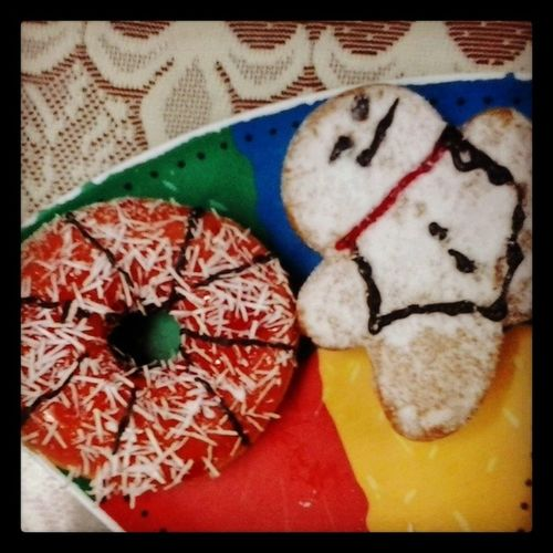 Mod Madoverdonuts Hamleysdonut Snowmandonut Grumpysnowman Sweet Jam Chocolate Sprinkles Themed Donuts Teatime Indulge Cute SoSweet Treat Pamperyourself Sweettooth Loveit Doubletrouble InstaDonut Instafood Instasweet Instadaily