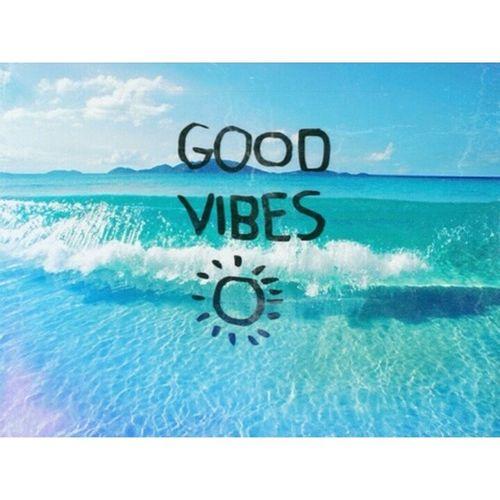 Spreading Good Vibes because TGIF. xoxo Fridays GV Goodvibes Tgif restartfeed