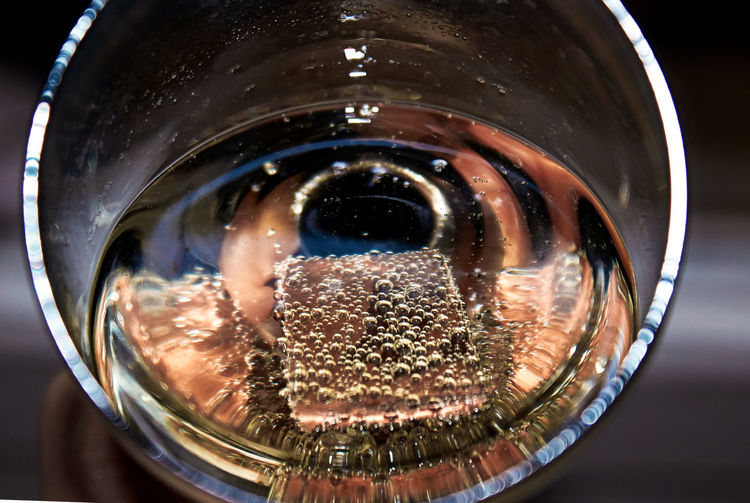 Close-up of carbonated drink in glass