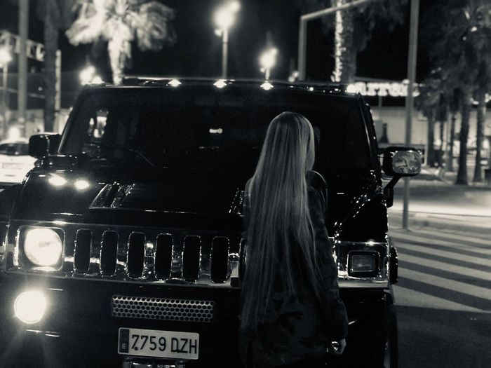 EyeEm Gallery Real People Hummer Hummer H2 Car Cars Girl Blonde Girl Blond Hair Long Hair Comercial Center Murcia