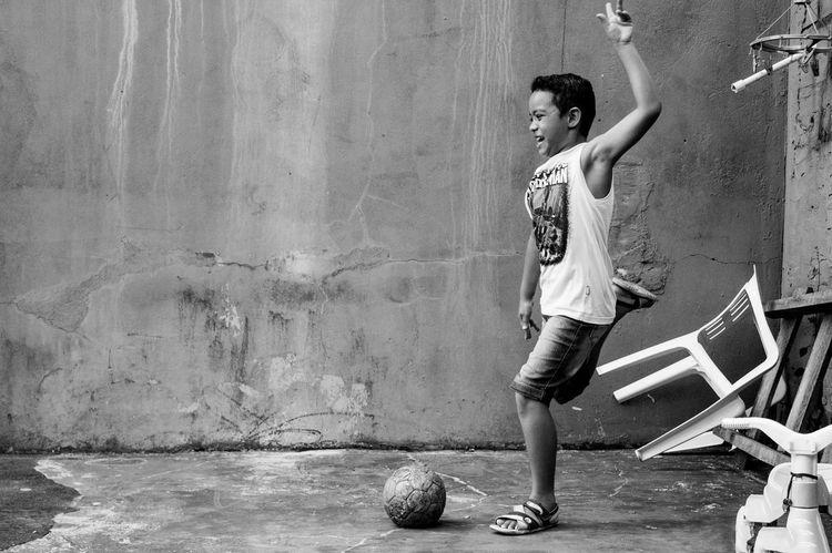 Brazil Child Day Futebol Menino My Year My View One Person Outdoors People Rua