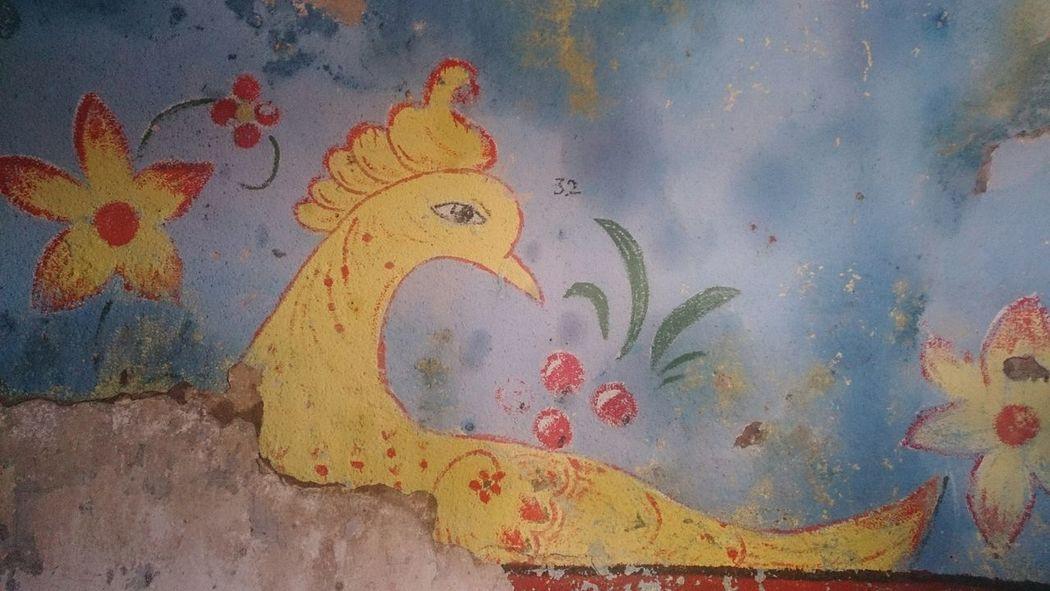 Птица. Фрагмент росписи в полуразрушенной церкви в Нелазском. арт  птица Церковь фреска Art Church Bird No People Close-up Painted Image