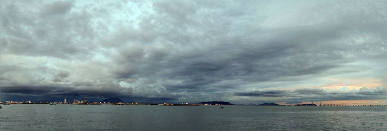 Panorama view of the sea Penang Georgetown Malaysia Evening Night Moody Panorama Storm Sea Ocean Cityscape Water Sea Nautical Vessel Thunderstorm Beach Sailing Ship Yacht Harbor City Power In Nature Cyclone Torrential Rain Hurricane - Storm Extreme Weather Storm Cloud Seascape