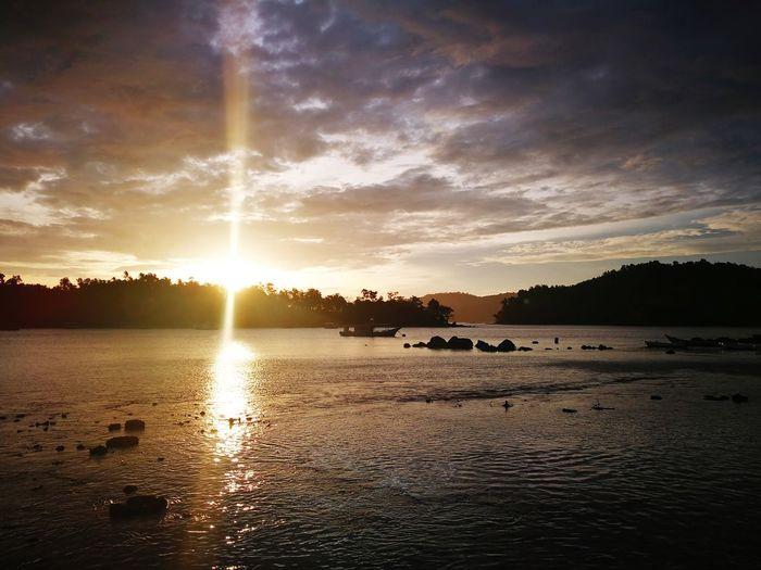 Been There. Aceh, Indonesia Sunrise Silhouette Sunset_collection Outdoors Acheh Sunrise_sunsets_aroundworld Sunrise_Collection Sunrays Sunrise Sunray Weh Island Nature Photography Seaviewcollection Sabangbeach Sabang Beach Landscape Landscape_Collection Day No People Sea