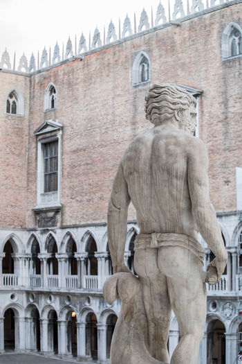 A Day in Venice Arch Architecture Building Exterior Day No People Sculpture Statue Travel Destinations Travel Photography