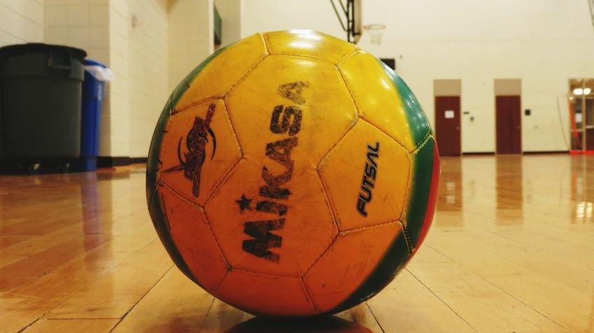 Indoors  Sport No People Close-up Day Play Time Sports Photography Sport Time Soccer ⚽ Soccer Field Soccer Ball Soccer Upclose And Personal Indoors  Shadow And Light