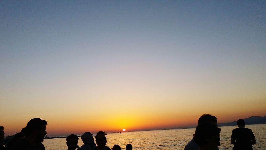 Insanlar hayaletmi ? Nature Day Sea And Sky Sunset