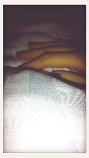 Show Me Your Hand Sleepy Photooftheday Relaxing