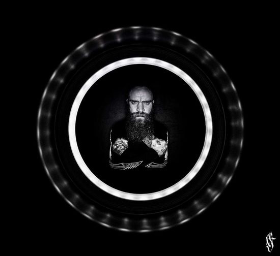 Ink_xav Circle Close-up Photooftheday Creativity Flash Photography Guntphotoart Tattooed Parking Bodmods Manwithbeard Damascusapparel Publicity Shot Crazy Moments Inked Beard Black & White Photography