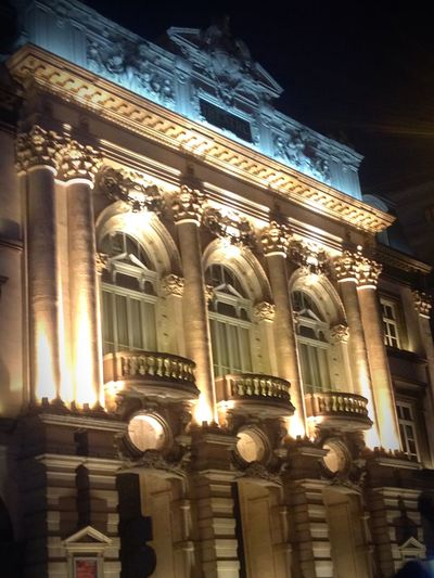 Architecture Enjoying The View Architectural Detail Historical Building The Opera's building in night... Simply amazing ✨