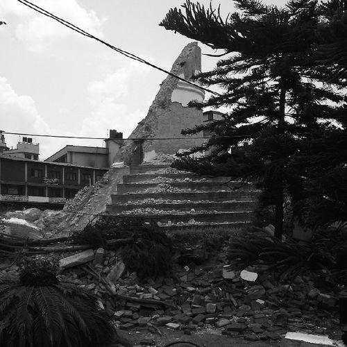 Earthquakeinnepal Sundhara Dhaharara Tremor Earthquake Nepal Pixlr4nepal