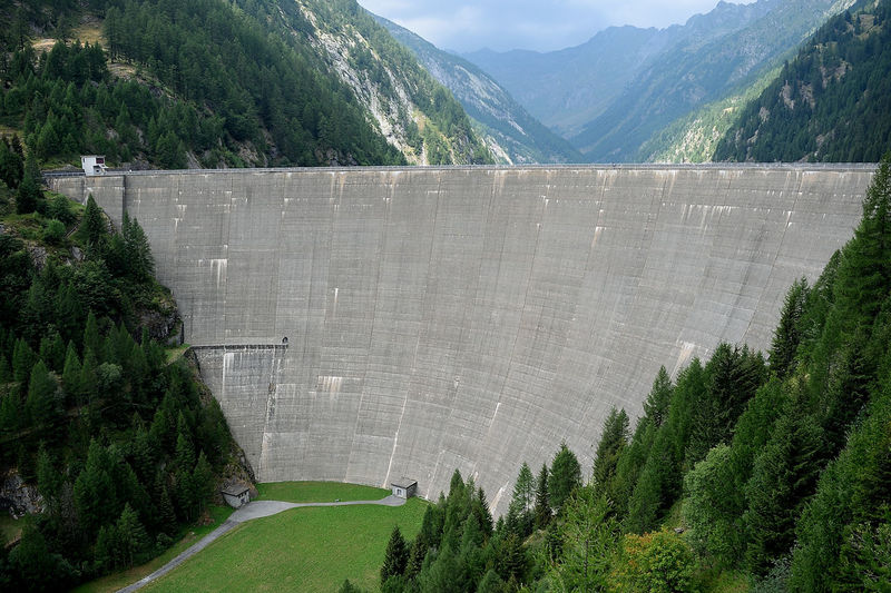 Architecture Built Structure Concrete Dam Day Environment Environmental Conservation Fuel And Power Generation Hydroelectric Power Modern Mountain Nature No People Outdoors Plant Power Supply Renewable Energy Scenics - Nature Surrounding Wall Tree Water