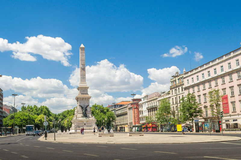 Architecture Building Exterior Built Structure City Cloud - Sky Day History Incidental People Lisboa Portugal Lisbon - Portugal Lisbon Streets Lisbona Monument Outdoors People Sculpture Sky Statue Streetphotography Travel Destinations Tree