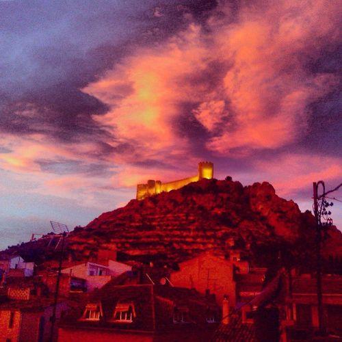Apocalipsis Sun Puesta De Sol Otoño Nubes Castalla SPAIN Castell Frio Viento Cambio De Estación Tarde  Colores Paisaje Ventana House