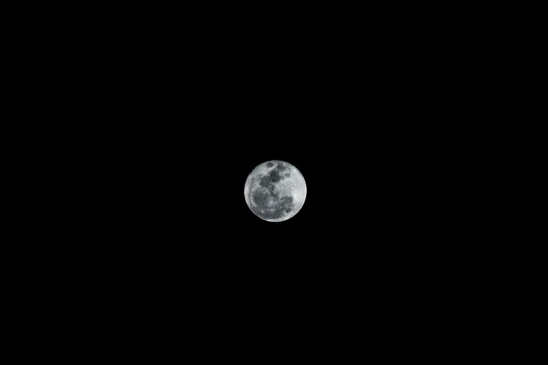 My moon.... The lovely super moon tonight... 14 nov 2016. ❤🌚🌛🌜 Astronomy Space And Astronomy Moon Nature No People Close-up Outdoors Nightshot My Moon Shot Wish I Were There Out Of This World Exceptional Photographs Popular Photos Eye4photography  EyeEmBestPics EyeEm Best Shots Moon_collection Moonlight Moon Shots Night Photography Super Moon 2016 Supermoon Beauty In Nature Moon Surface Full Moon
